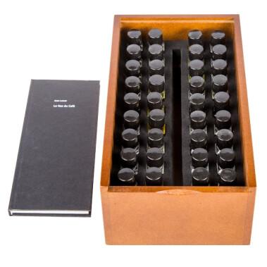 Book + Set of 36 aromas by Jean Lenoir - Le Nez Du Cafe Revelation