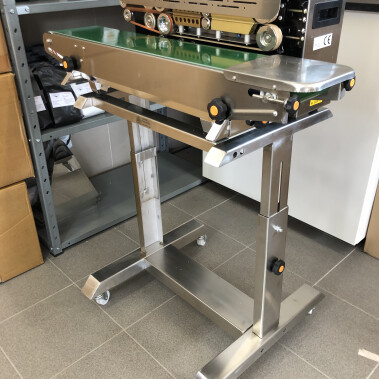 Table for F900 / F1000 heat sealer